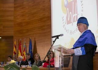 Doctor Honoris Causa UMH Francisco García Olmedo