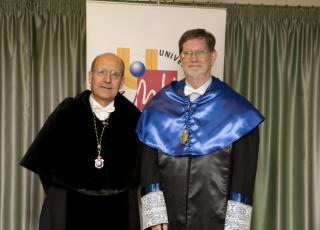 George F. Smoot Doctor Honoris Causa UMH